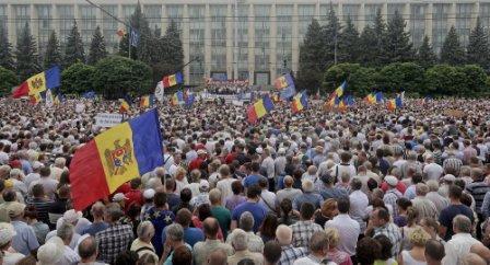 proteste moldova moldavia ott 2015 web
